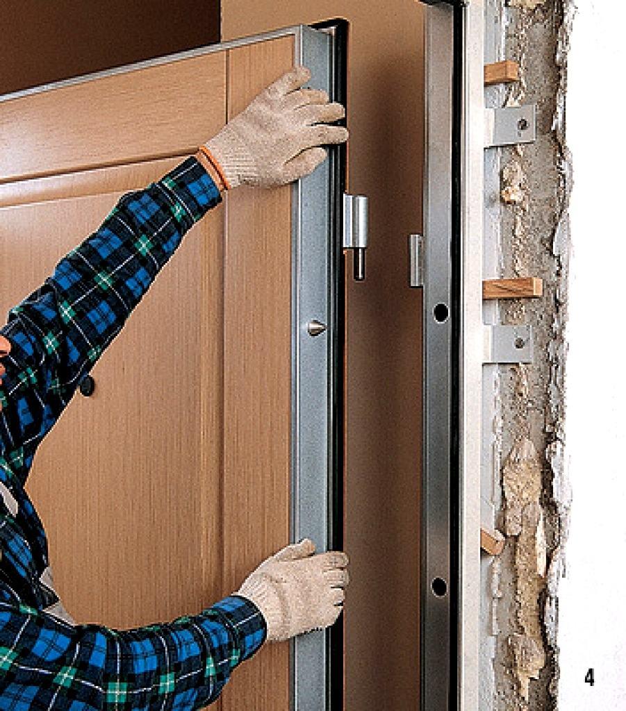 Как правильно установить железную входную дверь