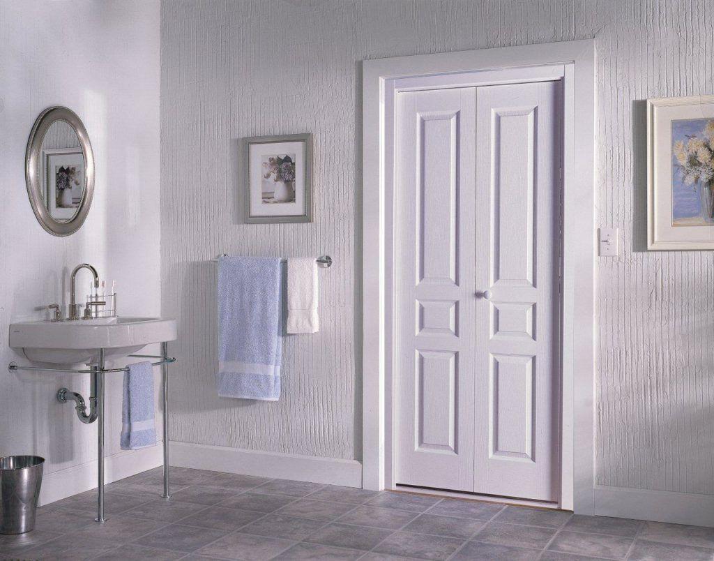 деревянная белая дверь