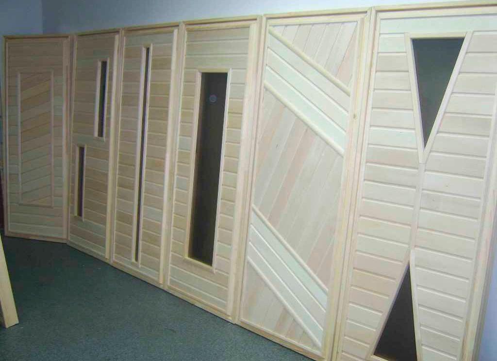 Примеры комбинированных дверей