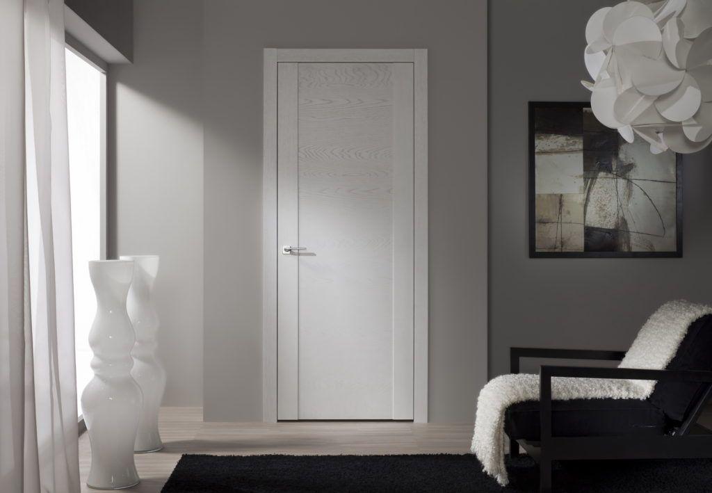 Деревянный дверной блок