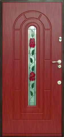 Дверь с небольшой витражной вставкой