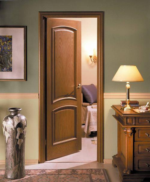 Миланский орех для цвета двери