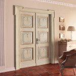 Двухстворчатая дверь с трёхфилёнчатыми полотнами: итальянский стиль