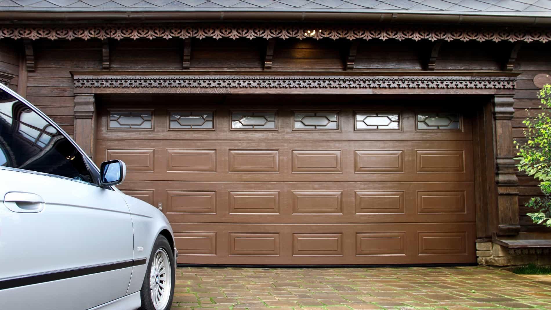 какие бывают гаражные ворота фото многие