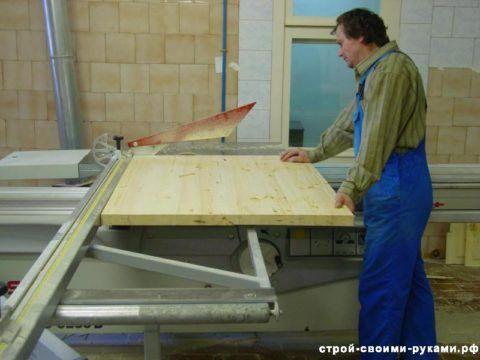 Изготовление дверей из массива сосны