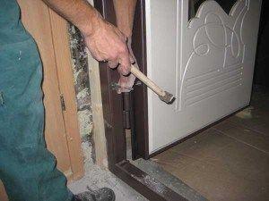 правила установки входных дверей