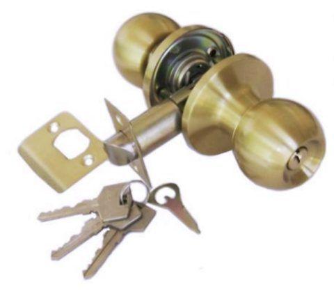 Кнобы могут выполнять функцию замка межкомнатной двери