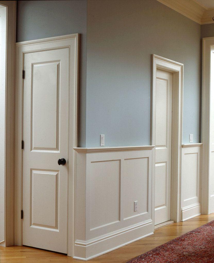 Крашеные двери и стеновые панели в дизайне интерьера