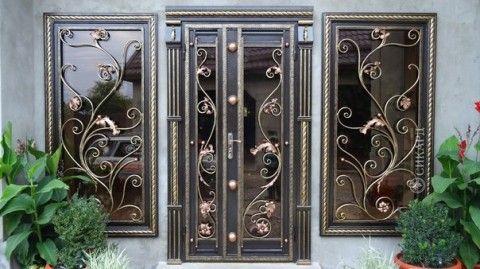Легкие кованые двери