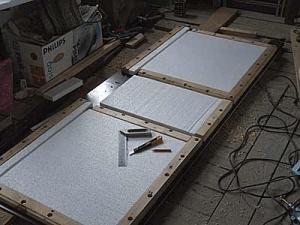 Утепление полотна двери пенопластом