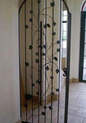 Межкомнатные кованые двери