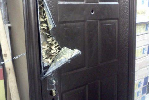 Недорогая дверь из Поднебесной