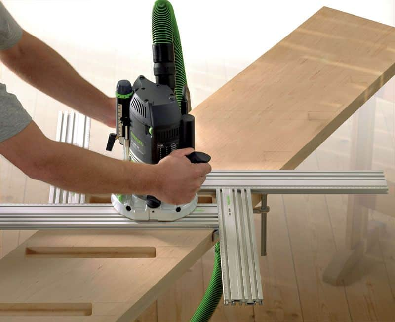 Обработка деревянной заготовки фрезером