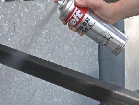 Обработка металла защитным и декоративным составом