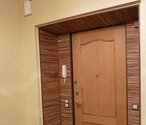 Обрамление входных дверей