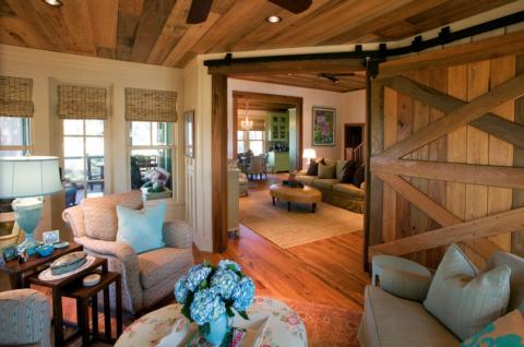 Подвесные двери деревянные