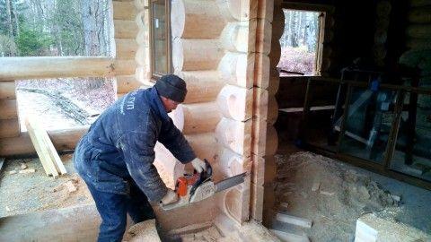Прорезка проема в деревянном доме