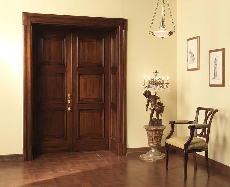 Равнопольная филёнчатая дверь с двумя створками