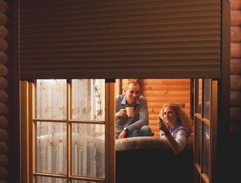 Роллеты на двери и окна – это удобство и безопасность