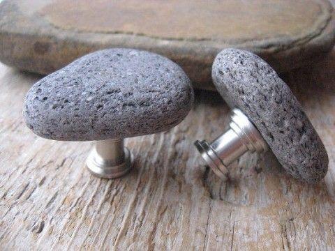 Ручка из камня