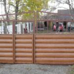 Сайдинг под блок хаус в облицовке ворот