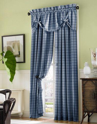 Шторы из ткани в дверном проёме: стиль Прованс