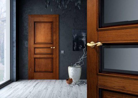Светлый пол и хорошее освещение уравновесит стены темного цвета