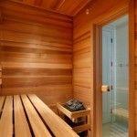Тесное помещение кажется просторнее благодаря прозрачной двери