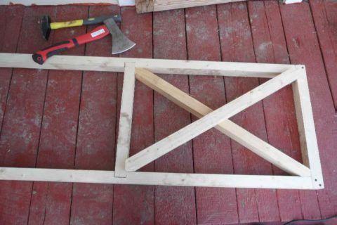 Усильте конструкцию рамы перемычками