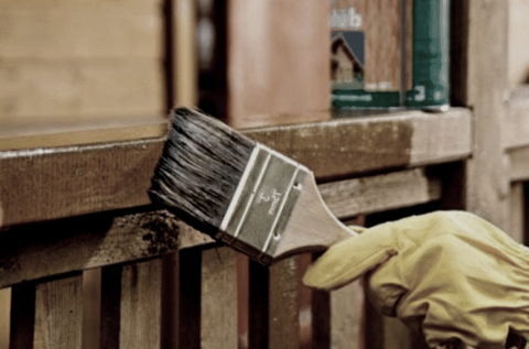 В отличие от дерева и металла, ДПК не нуждается в защитном покрытии