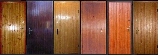 Применение дерева в отделке двери