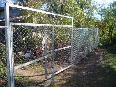 Забор и ворота из сетки
