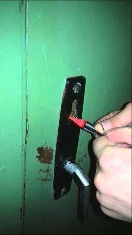 Заливка ацетона в скважину замка